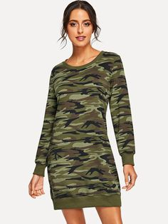 How cute is this camo dress? This would look adorable with low sneaks or boots. Camo is all the rage right now and this is a cute way to wear it. Cute Fall Outfits, Chic Outfits, Winter Outfits, Fashion Outfits, Fashion Styles, Women's Fashion, Romwe, Camouflage Sweatshirt, Fall Collection