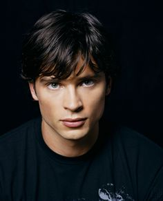 Photos de Tom Welling pour la saison 4 de Smallville - Smallville Site Web