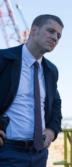 Gotham - 1x08 The Mask - James Gordon