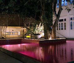 The pink pool in Colombo hotel