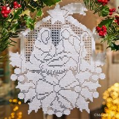 Scheme on squared paper to realize the crochet filet door decoration with santa klaus and his sleigh Crochet Christmas Ornaments, Christmas Crochet Patterns, Holiday Crochet, Christmas Nativity, Christmas Crafts, Christmas Decorations, Filet Crochet Charts, Crochet Motifs, Crochet Doilies