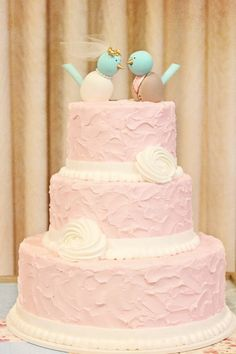 This cake in ivory with my bunny cake toppers!! Merritt's Bakery. It's ON.