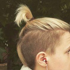 the hannah hart hair.
