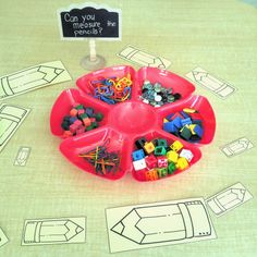 Can you measure the pencils? Math provocation for kindergarten with loose parts.