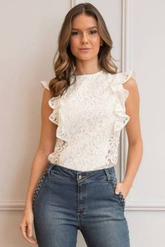 See-Through Back Long Sleeve Lace Top Blouse Styles, Blouse Designs, Casual Outfits, Fashion Outfits, Fashion Line, Pull, Dress Patterns, Casual Chic, Blouses For Women