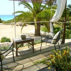 Talaya Formentera is an apartment & bungalows vacation rentals complex located in the beautiful dunes of Formentera's Mitjorn beach.