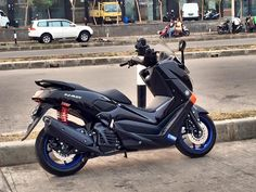 Yamaha Nmax, Yamaha Scooter, My Dream Car, Dream Cars, Vespa, Motor Car, Hot Wheels, Motorbikes, Motorcycle