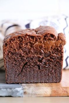 Gâteau au chocolat (sans sucre, sans beurre et sans farine !)