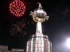 Llegó la hora del inicio de la Copa Libertadores de América.