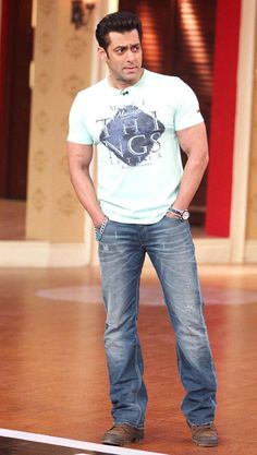 Salman Khan on 'Comedy Nights With Kapil'. #Style #Bollywood #Fashion #Handsome