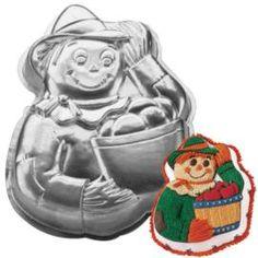Scarecrow Cake Pan --------------     Variations: Halloween Witch, Gardener