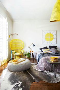 Julia Green yellow Bed01
