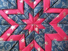 Vicki's Fabric Creations: Folded Star Mat-Tutorial Uploaded