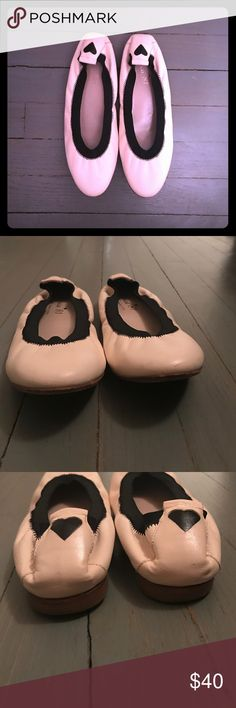 Ferca 81 cream leather & black elastic ballet flat Ferca 81 cream leather & black elastic ballet flats Ferca 81 Shoes Flats & Loafers