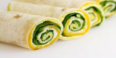 Easy Breakfast Roll-Ups Recipe via @HomeCookMemory