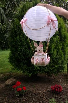 Japanese lamp - How about making a balloon using the Japanese Lamp and placing a cute bunny inside the basket? Deco Baby Shower, Shower Bebe, Baby Shower Balloons, Baby Boy Shower, Baby Shower Gifts, Baby Gifts, Baby Party, Baby Shower Parties, Shower Party