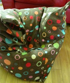 Triangular beanbag tutorial, fabric needed 120 x 240