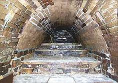 Inside an anagama kiln Wood Kiln, Pottery Kiln, Tea Bowls, Four, Hobbit, Around The Worlds, Clay, Cottage, Projects