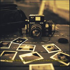 Black and White Vintage Photography: Take Photos Like A Pro With These Easy Tips – Black and White Photography Photo Polaroid, Polaroid Pictures, Polaroids, Gray Aesthetic, Black And White Aesthetic, Aesthetic Grunge, Aesthetic Vintage, Black And White Photo Wall, Black And White Photography