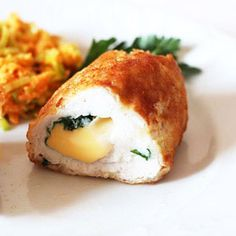 Chicken rolls with smoked cheese ⋆ Recipes with photos Date Slice, Smoked Cheese, Light Recipes, How To Cook Chicken, Food Photo, Main Dishes, Chicken Recipes, Food And Drink, Meals