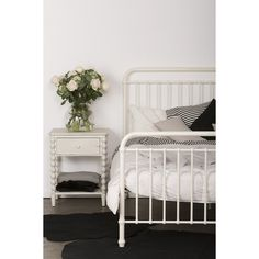 BED | mia single and king-single by Incy Interiors