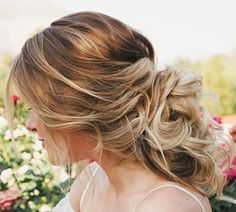 Share Tweet Pin Mail As a lover of all things wedding related, hairstyles have to be my favorite. Yes beautiful white dresses, you're number ...