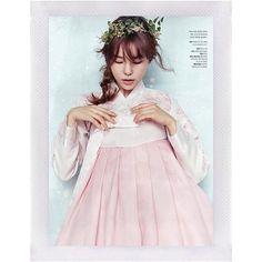 #JinJungSun @jinjungsun  Photographer • #KimOiMil for MyWedding July issue'15  #Hanbok #JinJungSunXPaperiidoll • • #koreanmodel#femalemodel#fashionmodel#model#koreanfashionmodel#editorial#asianmodel#asianfashionmodel#모델#패션#패션화보#진정선