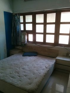 **ID049** 1 BHK (Large Size ), 2 Bathrooms 15 mins walk from NMIMS,2 Wardrobe,1 Double Bed, Dining Table, Chairs, (Fridge Optional), Price - 30K