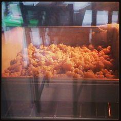 Nou daar gaat tie dan! Kijken of ik het recept goed geraden heb. Judy's secret recipe Grains, Rice, Food, Meal, Eten, Meals, Jim Rice, Korn, Brass