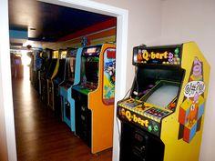 """Gary's"" home arcade"