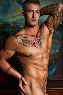 "ModelSpotting ""Un-Cut"": CHAD HURSTY   20-years old + Blue eyes + An Australian beauty"
