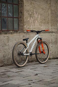 Downhill Bike, Mtb Bike, Road Bike, Velo Design, Bicycle Design, Vtt Dirt, Bmx Pedals, Bmx Bikes For Sale, Montain Bike