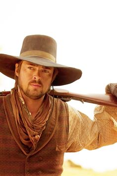 Karl Urban in Comanche Moon