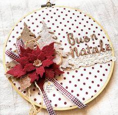 Felt Christmas, Xmas, Christmas Ornaments, Felt Crafts, Diy And Crafts, Christmas Paintings, Christmas Decorations, Holiday Decor, Decorative Plates