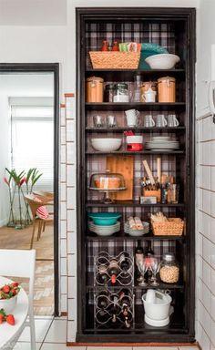 coisinhas Nail Ideas nail ideas and colors Mini Kitchen, Kitchen Dining, Kitchen Decor, Kitchen Shelves, Kitchen Storage, Food Storage, Cool Kitchen Gadgets, Cool Kitchens, Diy Cozinha