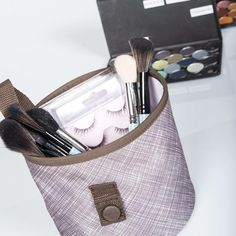 Oh snap bins are perfect for storing make up and cosmetics. Keep the bathroom tidy!  www.mythirtyone.com/102510
