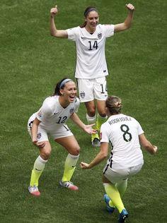 Lauren Cheney, Morgan Brian, Amy Roidriguez, world champions. (USA Today)