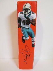 SOLD OUT! Davone Bess signed Miami Dolphins Rawlings football touchdown end zone pylon w/ proof photo.  Proof photo of Davone signing will be included with your purchase along with a COA issued from Southwestconnection-Memorabilia, guaranteeing the item to pass authentication services from PSA/DNA or JSA. Free USPS shipping. www.AutographedwithProof.com is your one stop for autographed collectibles from Miami sports teams. Check back with us often, as we are always obtaining new items.