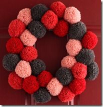 So I've been thinking about doing a pom pom wreath... Now that I see this one, I'm definitely doing it! can't wait!!!