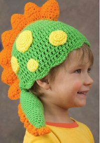 Dress up your little guy in this free crochet pattern shaped like a magical dragon.  This adorable hat is great for a Halloween, but can be used any time of the year to help spark young imaginations during play time.