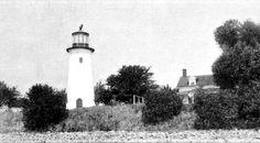 Bois Blanc (Boblo) Island Lighthouse, Ontario Canada at Lighthousefriends.com