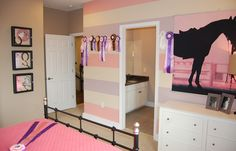 This budding equestrian loves her new bedroom....just darling!