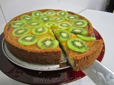 tarta de kiwi y queso fácil receta casera paso a paso  http://www.golosolandia.com/2014/05/tarta-de-kiwi-y-queso.html