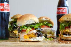 Roasted Jalapeño Cheddar Turkey Burgers with BBQ Aioli I howsweeteats.com