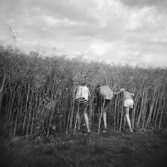 In Anamnèse, Isabelle Levistre explores the world of childhood with a Holga, offering at the same time a personal and universal vision of this mystery-filled period. Made between 2008 and 2015, the black and white series was just published by GLC Editions thanks to crowdfunding.