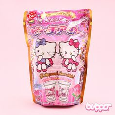 Mix your own Hello Kitty drink with this adorable DIY kit! Not only will your drink turn out pink and cute but frothy as well! Mix the ingredients with water and watch how the pink froth will magically fill in the beautiful Hello Kitty decorated cup! This foamy peach-flavored drink is as easy to fall in love with as Hello Kitty herself!