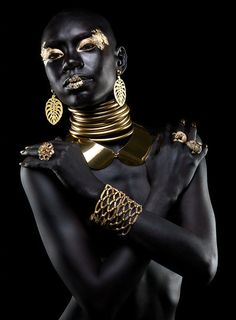 """ Editorial de Jóia by Guto Esteves Shai'La Yvonne, model "" This really took my breath away. She looks like a real Goddess. "" Editorial de Jóia by Guto Esteves Shai'La Yvonne, model "" This really took my breath away. She looks like a real Goddess. African Beauty, African Art, African Fashion, African Shop, Black Women Art, Black Art, Color Black, White Women, Or Noir"