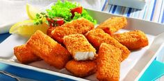 Vissticks (beste: iglo, met afstand, blijkt uit kassa-test) in een plastic boterhamzakje doen om ze te coaten met een olielaagje. Daarna ca. 10 minuten op 180 graden in de Airfryer. Halverwege de bereidingstijd even schudden. Actifry, Air Fryer Recipes, Chicken Wings, Cornbread, Slow Cooker, Fries, Favorite Recipes, Healthy Recipes