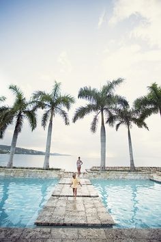 Jamaica Roundhill Hotel and Villas | Photo by Scott Clark | Read more - http://www.100layercake.com/blog/?p=73205