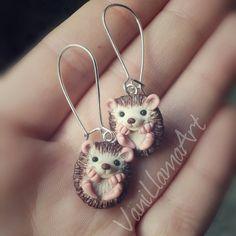 Handmade polymer clay cute pygmy hedgehogs vanillama.blogspot.com